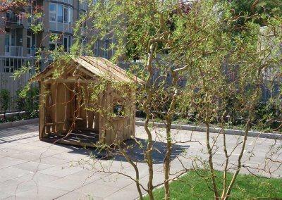 Speelhuisje-schoolplein-robinia-hout-(5)