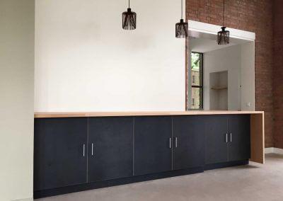 Bar-en-keuken-beukenhout-Augustanahof-L3