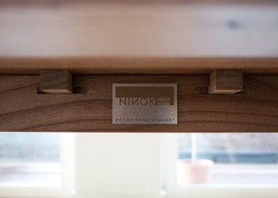 Design tafel iepenhout